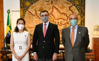 Diretores da OTCA se reúnem com o Ministro Carlos Alberto França